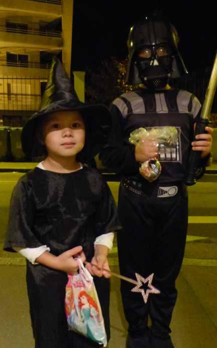 Halloween dans le quartier Orrion Loquidy !